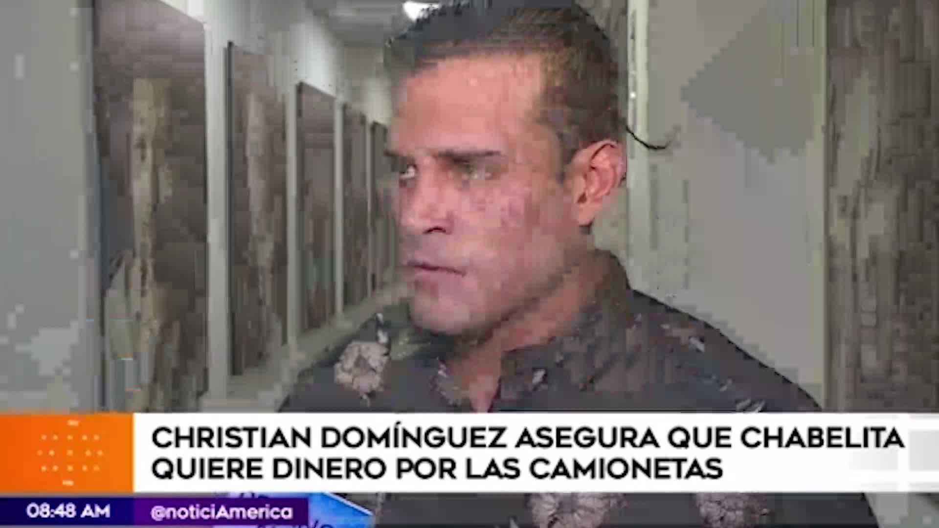 Christian Domínguez acusa a expareja de pedirle dinero por transferencia de vehículo