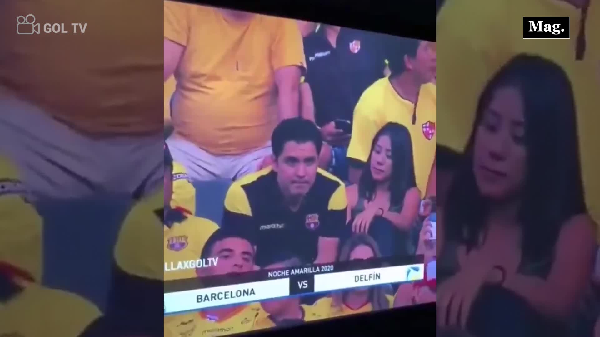 Descubren infidelidad de joven durante un partido de fútbol en Ecuador
