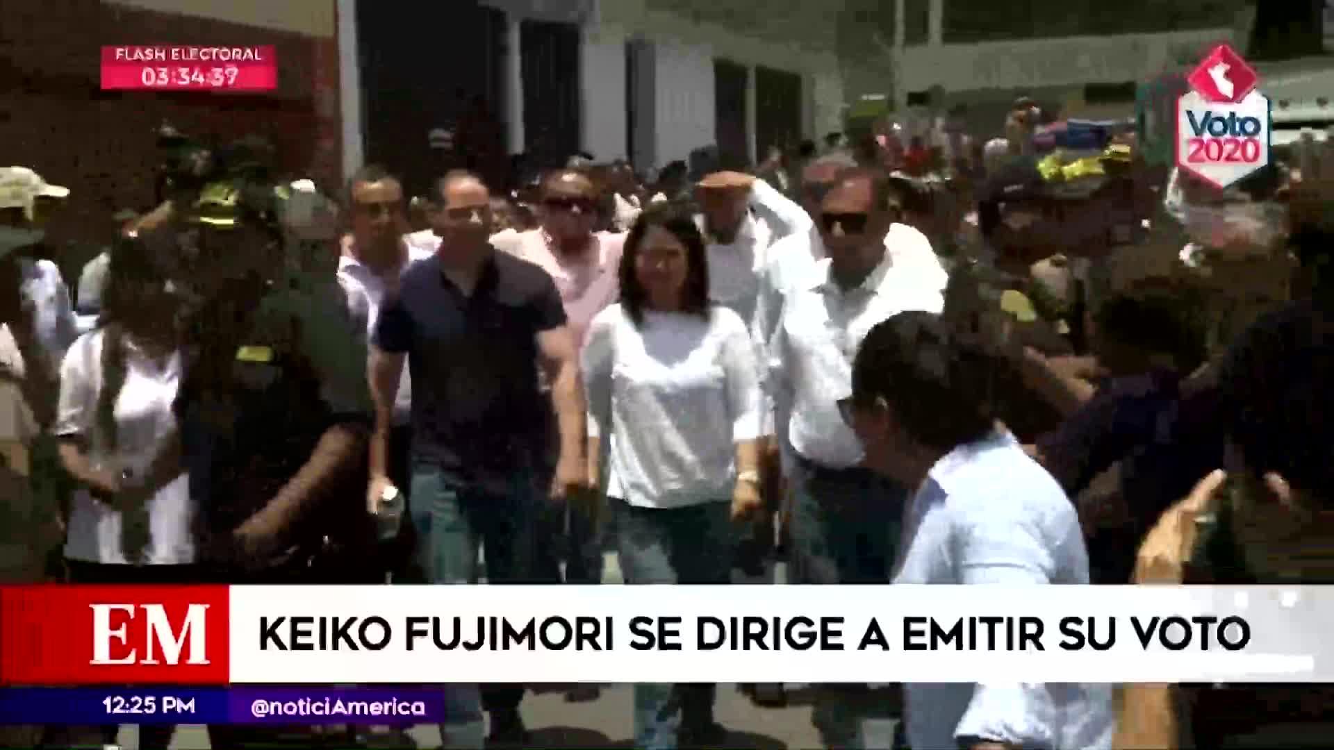 Elecciones 2020: Keiko Fujimori llegó acompañada de su esposo Mark Vito para ejercer su voto