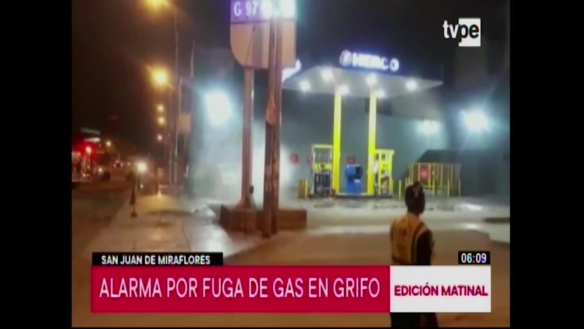 Bomberos controlaron fuga de gas en San Juan de Miraflores