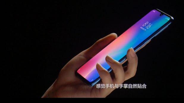 Xiaomi presenta el Mi 9, su nuevo smartphone con tres cámaras