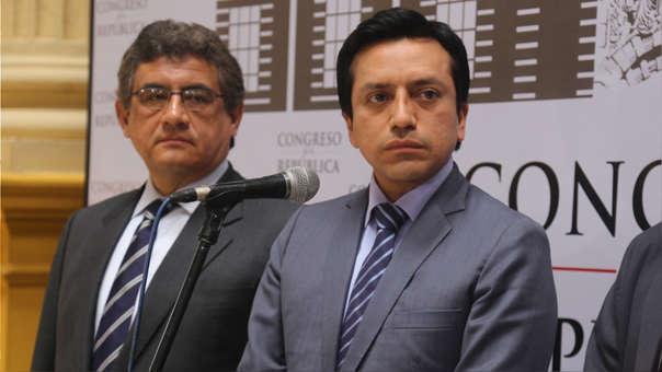 Juan Sheput y Gilbert Violeta solicitan licencia temporal de la bancada PpK