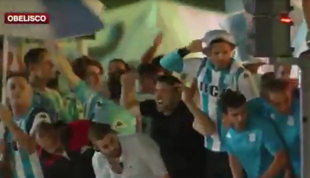 La euforia del DT de Racing Club tras el título en la Superliga | VIDEO