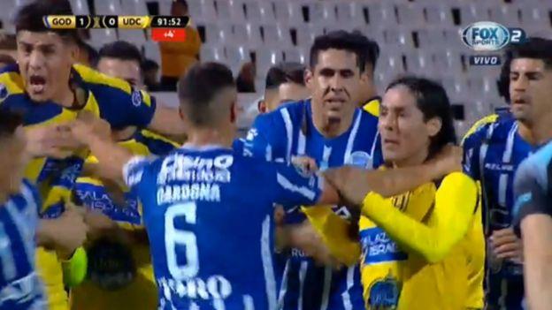 Godoy Cruz vs. Universidad de Concepción: bronca en Mendoza con Josepmir Ballón como protagonista | VIDEO