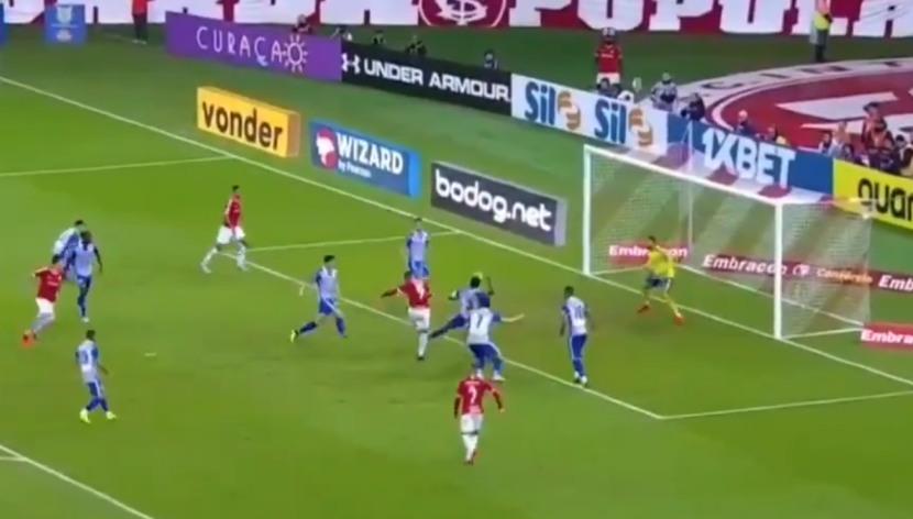 Paolo Guerrero fusiló y anotó el 1-0 para el Internacional frente al Avaí por el Brasileirao | VIDEO
