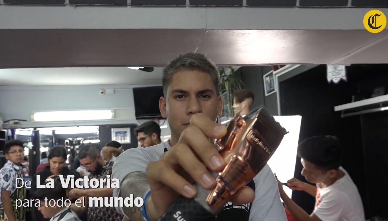 El barbero de Messi y de Farfán: de La Victoria para el mundo