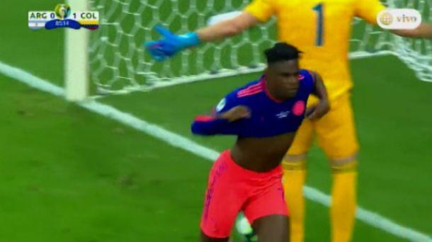 Argentina vs. Colombia: gol de Duván Zapata para marcar el 2-0 por Copa América | VIDEO