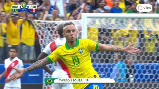 Perú vs. Brasil: gol de Everton que sorprendió con potente remate al primer palo | VIDEO
