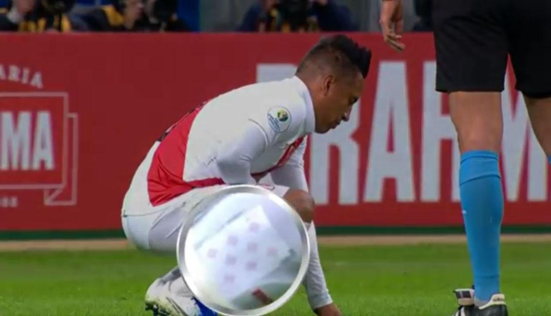 Copa América: Christian Cueva y su cábala durante el Perú vs. Chile | VIDEO