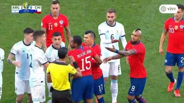 Argentina vs. Chile: Arturo Vidal inició gresca tras provocar a Dybala   VIDEO