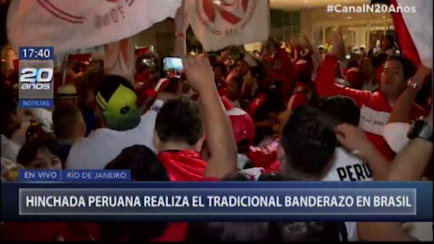 Copa América: Hinchada peruana realizó tradicional banderazo en Río de Janeiro