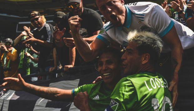 Raúl Ruidíaz se lució con nuevo golazo en la MLS | VIDEO