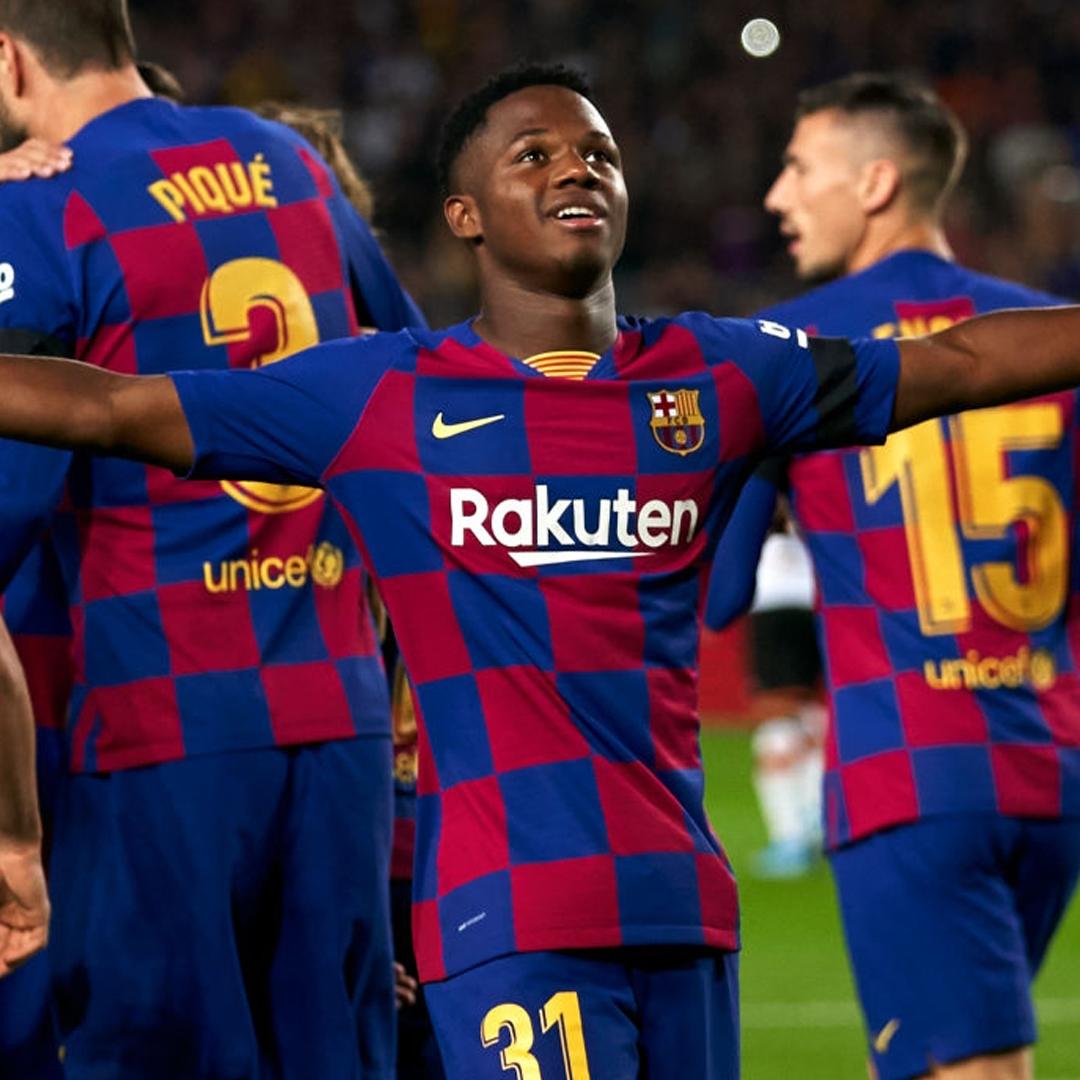 Barcelona:Ansu Fati vs. Lionel Messi: sus números son mejores que los del argentino
