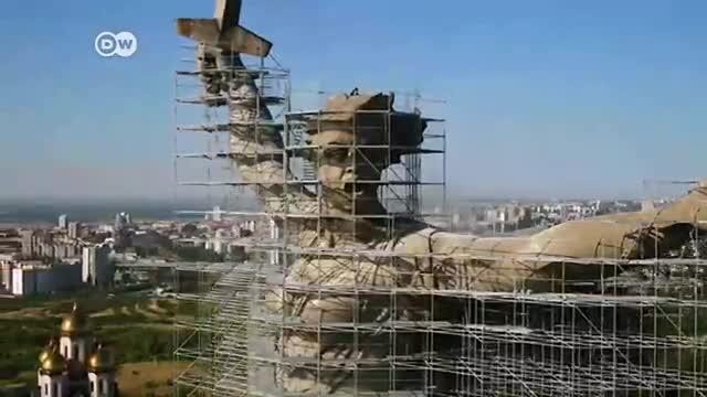 Restauran la estatua de la 'Madre Patria'