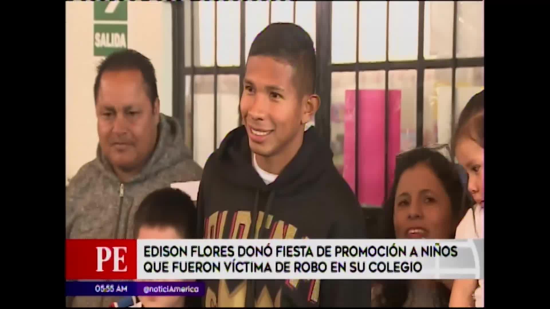 Comas: Edison Flores regala fiesta de promoción a niños que fueron víctimas de robo