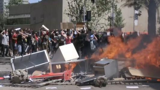 Nueva jornada de caos en Chile