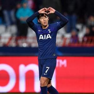 Son dedica sus goles a André Gomes por Champions League