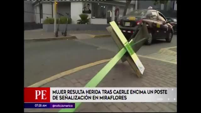 Miraflores: mujer resulta herida tras caerle un poste de señalización