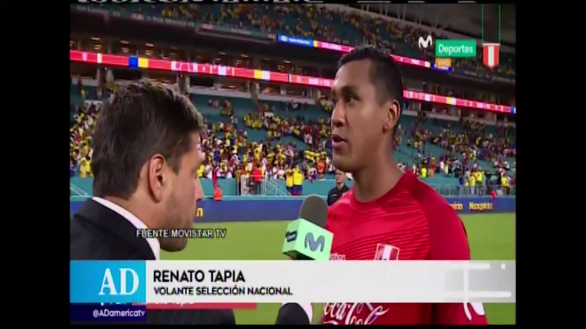 """Renato Tapia: """"Improvisamos un poco, la idea de jugar con Advincula por fuera le costó"""""""