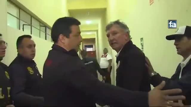 La iracunda reacción del comando técnico de Universitario tras finalizar el partido en Cajamarca