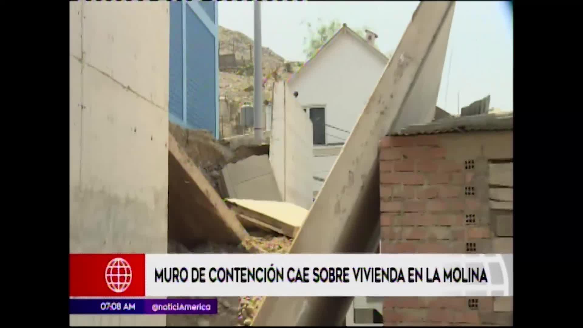La Molina: muro de contención cae sobre vivienda y deja a familia afectada