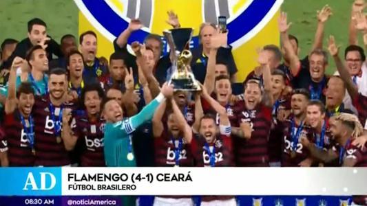 Flamengo alza copa del Brasileirao