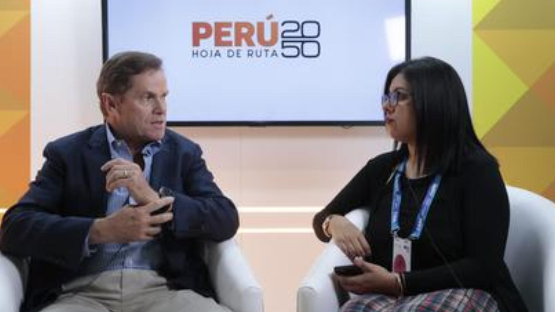 """Carlos Neuhaus: """"Para ayudar a mi país no necesito ningún cargo"""""""