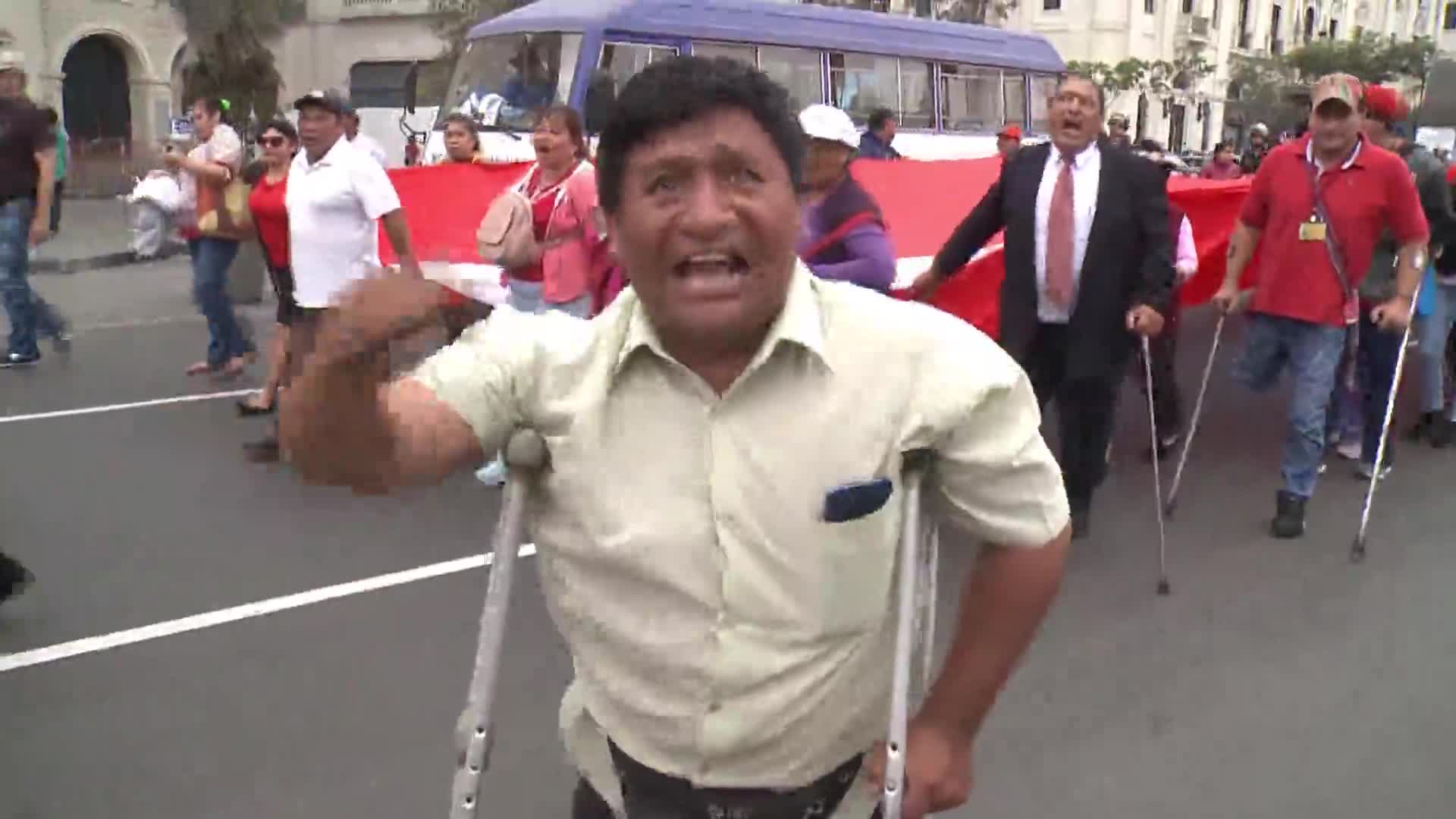 Personas con discapacidad se movilizaron en Lima exigiendo respeto a sus derechos