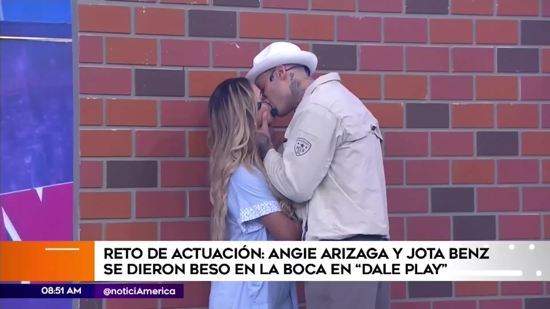 Esto dijeron Angie Arizaga y Jota Benz tras protagonizar beso en escena de 'Al fondo hay sitio'