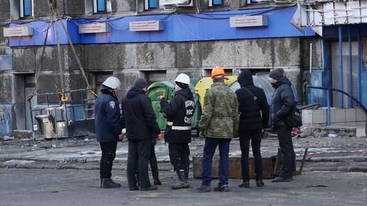 Ucrania: Sube número de muertos por incendio en instituto.