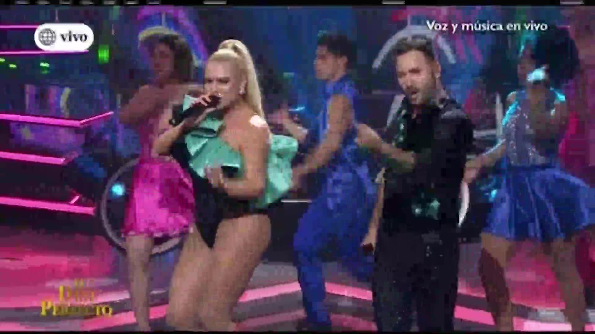 """""""El dúo perfecto"""": Dailyn Curbelo y Braulio se lucen en el escenario"""