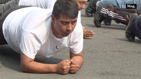 Ciudad de México paga a sus policías para que pierdan peso