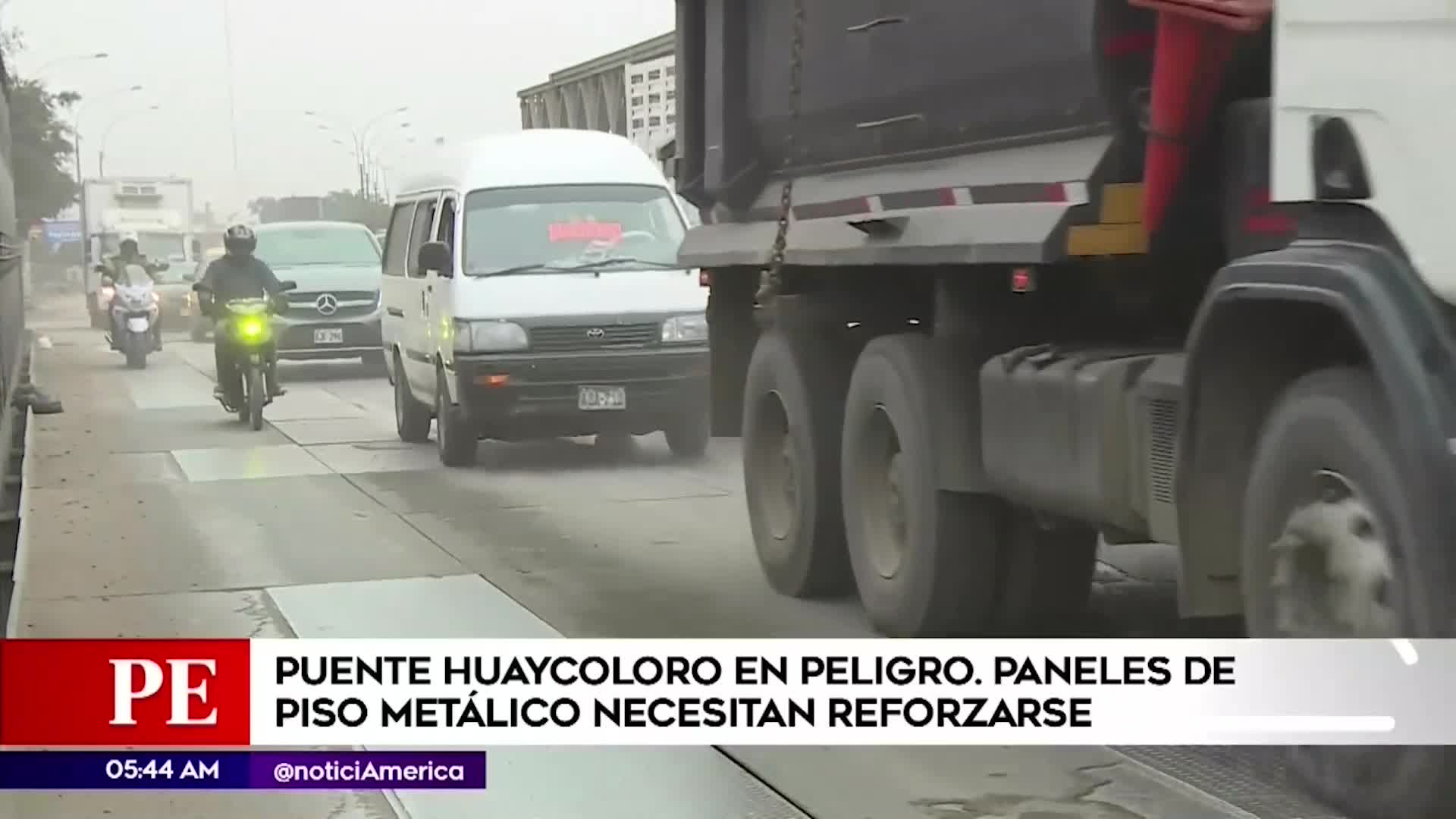 SJL: Denuncian que puente Huaycoloro se encuentra en peligro