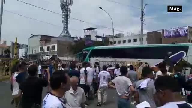 Alianza Lima vs. Binacional: Así fue la llegada del bus de Alianza Lima a Matute